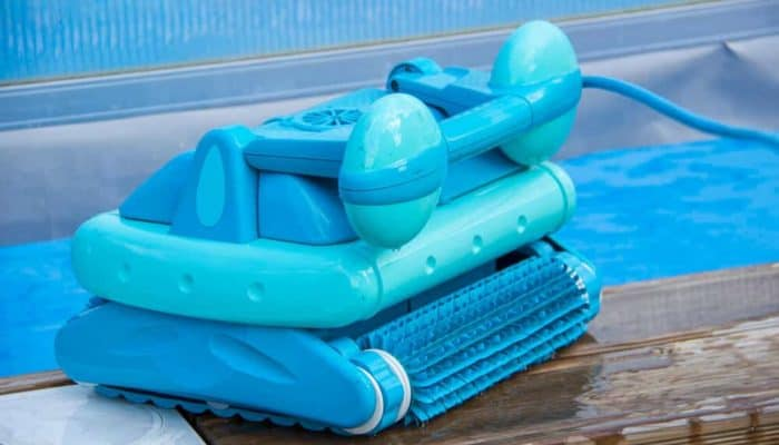 best robotic pool cleaners (1)